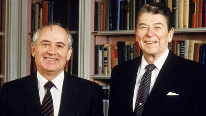 Рейган и Горбачёв