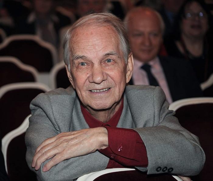Юрий Иванович Каюров